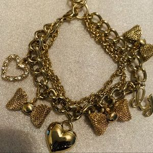 Guess Gold Plated Charm Love&Bow Tie Bracelet